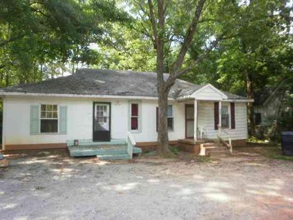 $29,500 Anderson, Duplex with one bedroom and a two bedroom rented