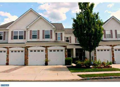 $324,000 Marlton 3BR 2.5BA, REDUCED....Water view Location~~~..