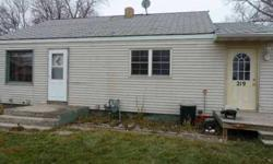 Nice Investment property or a starter home with 2 bedrooms and 1 bath.Listing originally posted at http