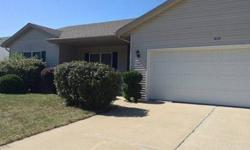 Nice Clean 3 bedrooms,2.5 bathroom with finished basement in Forsyth, IL area.